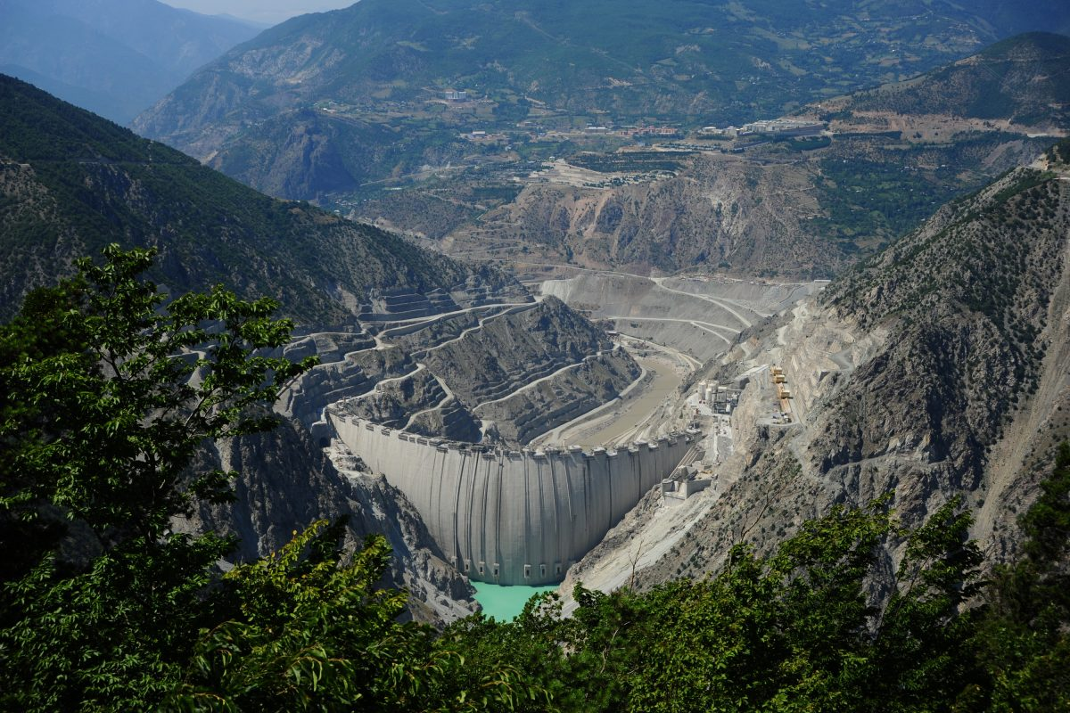 Çoruh Nehri'nde 1,2 milyar liralık enerji üretimi