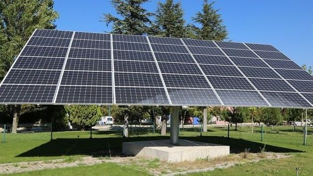 https://ekonomigercekleri.com/wp-content/uploads/2019/10/güneş-enerjisi-640x360.jpg