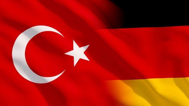 https://ekonomigercekleri.com/wp-content/uploads/2020/02/Almanya-Türkiye-640x360.jpg