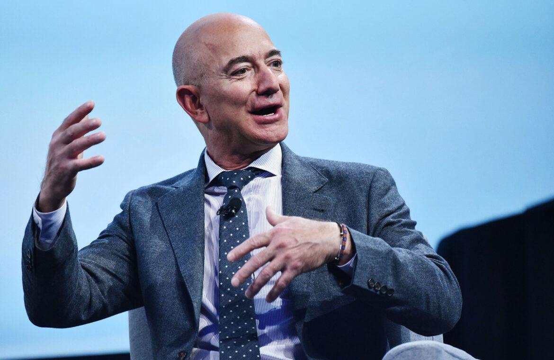 Bezos ve bazı ABD'li yöneticiler borsa çökmeden önce 9.2 milyar dolarlık hisse sattı