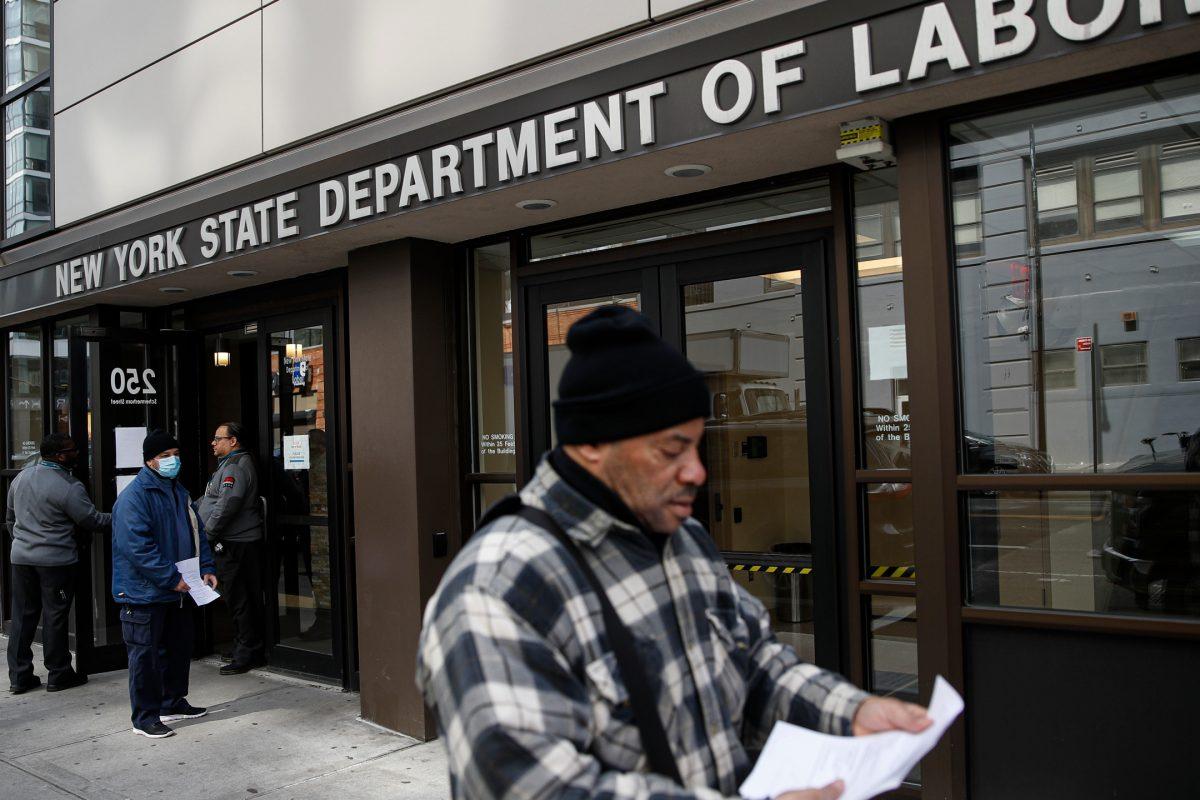 ABD'de 46 milyon kişi daha işsiz kalabilir
