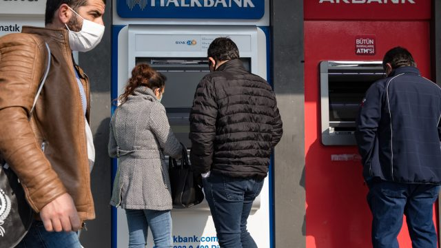 Turkey's State Banks Pump Up Lending to Boost Economy