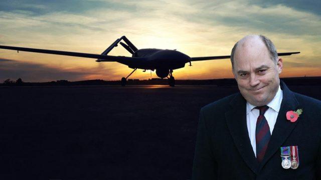 https://ekonomigercekleri.com/wp-content/uploads/2020/12/İngiltere-Savunma-Bakanı-İHA-640x360.jpg